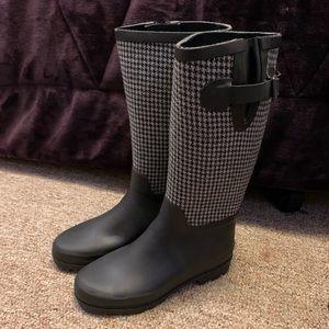 Black & Grey rain boots